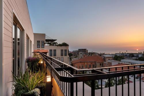4-6 Auerbach St., Tel Aviv-Jaffa, 6811910, Israel.