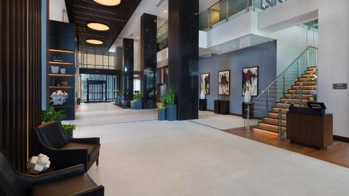Ac Hotel By Marriott Montreal Downtown - Photo 3 of 32