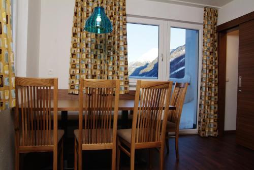Apartment (2+1)