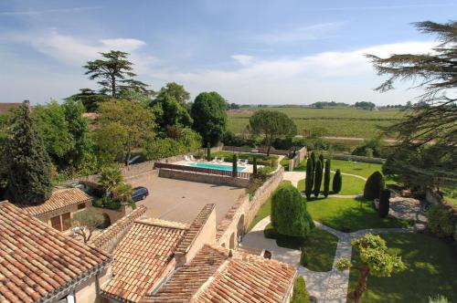 __{offers.Best_flights}__ Au Logis des Remparts
