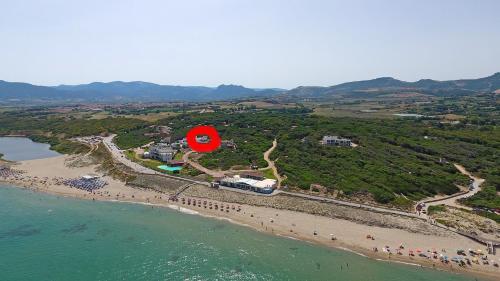 . Move to Sardinia Villa Pineta