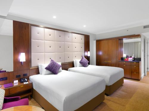 Deluxe Twin Room with Club Lounge Access
