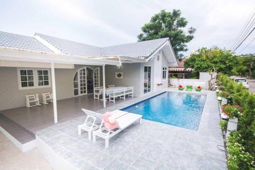 Cozy Pool Villa Cozy Pool Villa
