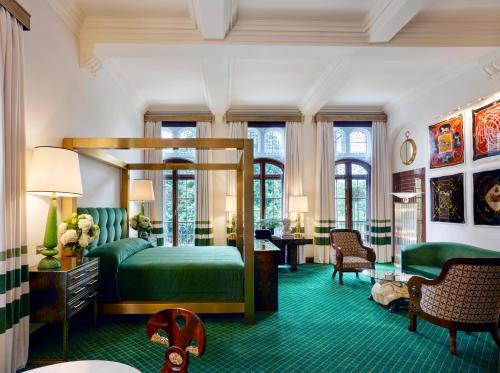 Milestone Hotel Kensington photo 85
