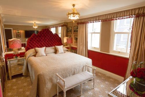 Milestone Hotel Kensington - image 13