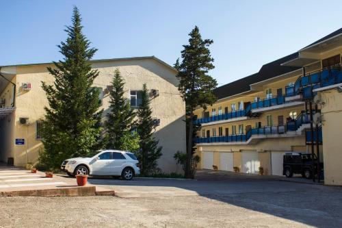 . Moskva Hotel