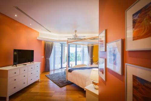 Patong Modern 5 Bedroom Villa by Qing Shu Patong Modern 5 Bedroom Villa by Qing Shu