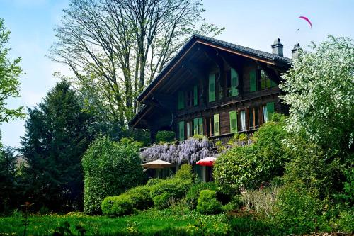 Boutique B&B Maison Bergdorf - Accommodation - Interlaken