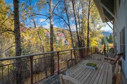 Cascades A-3 Three-bedroom Apartment - Telluride, CO 81435