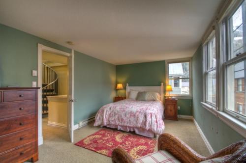 Cornet Creek #301 Three-bedroom Apartment - Telluride, CO 81435