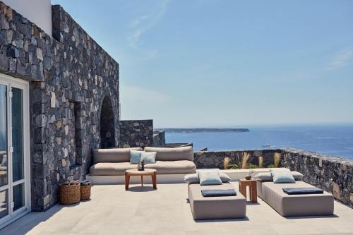 Oia, Santorini GR 847 02, Greece.