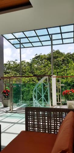 Patong magnifique duplex 120m2 calme avec piscine Patong magnifique duplex 120m2 calme avec piscine