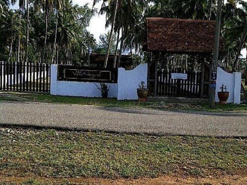 Villa Anggerik
