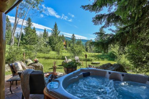 A Suite Retreat - Beyond Bed & Breakfast - Accommodation - Sun Peaks