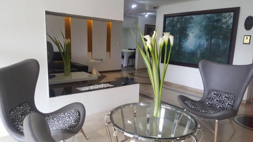 HotelHotel 109 Suites