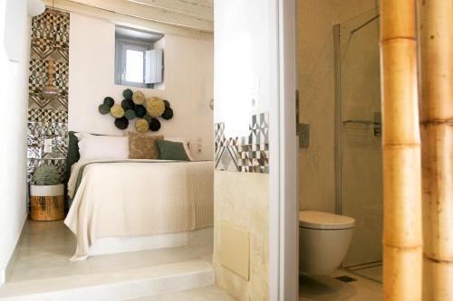 . Esperia Luxury Suites