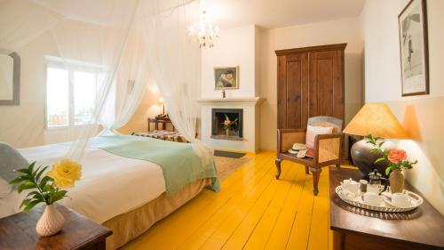 Double Room Hotel La Fuente de la Higuera 21