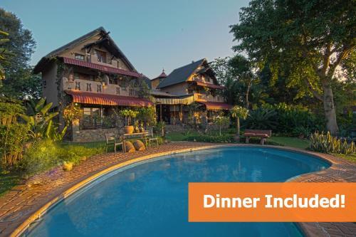 . River House Lodge