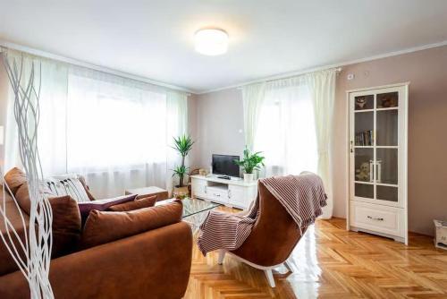 . Apartments Marta