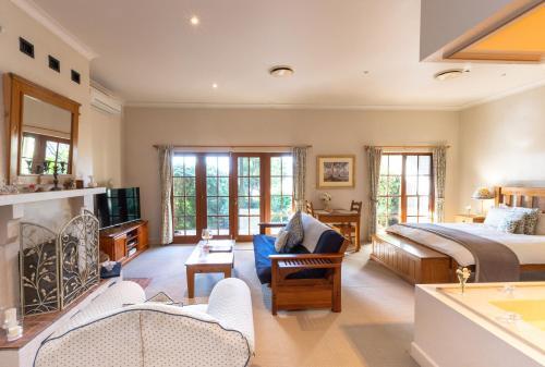 . Strathearn Park Lodge