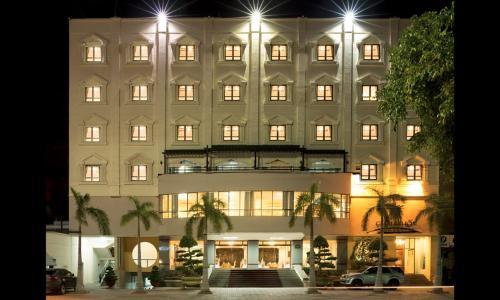 . Chau Pho Hotel