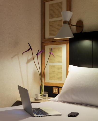 Boutique Hotel H10 Catalunya Plaza photo 5