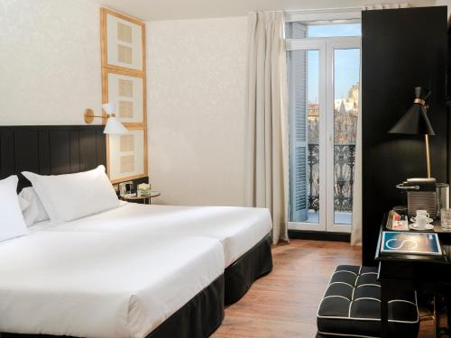 Boutique Hotel H10 Catalunya Plaza photo 11