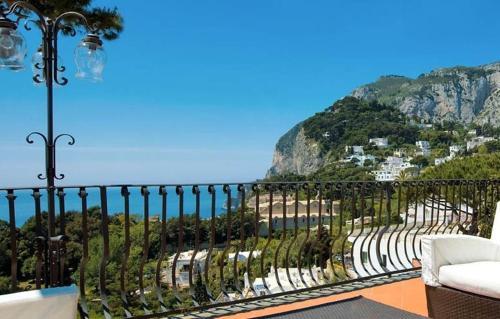 Via Tragara 6, 80076 Capri, Italy.
