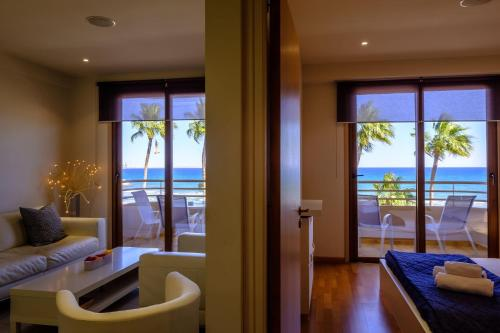 Les Palmiers Luxury Suites