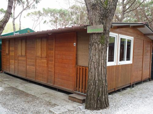 Two-Bedroom Bungalow with Beach Access