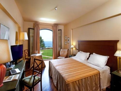 Grand Hotel Baia Verde room photos