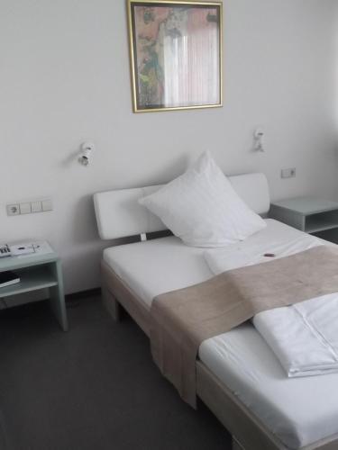 Businesshotel & Appartements Stuttgart-Vaihingen room photos