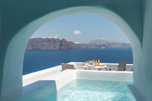 Best Hotels With Plunge Pool In Santorini Greece Trip101