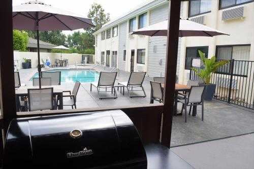 Best Western Town & Country Lodge - Tulare, CA CA 93274
