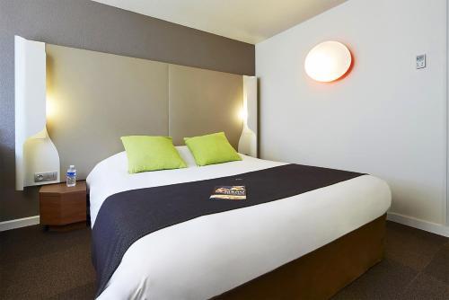 Campanile St Etienne Centre - Villars La Terrasse - Hotel - Villars