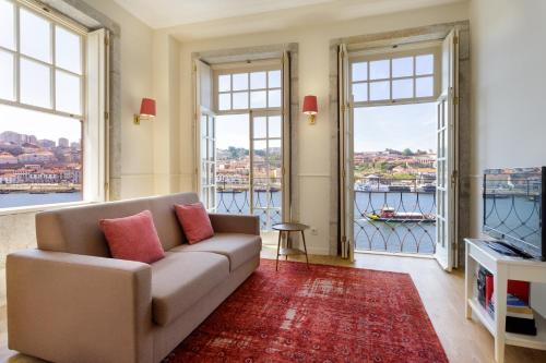. Oporto Home - River Front
