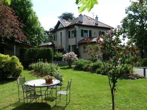 Domaine du Pressoir - Accommodation - Ambilly