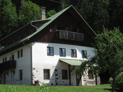 Schloss Manndorf Gästehaus Kötschach-Mauthen
