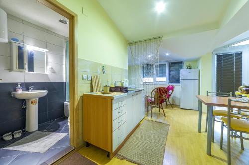 Apartments Magnolija - Photo 7 of 25