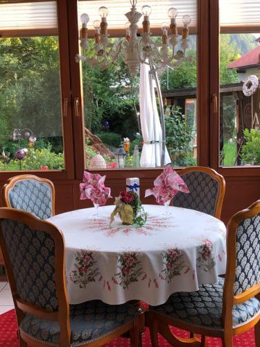 Haus bei der Linden Ferienwohnungen photo 173