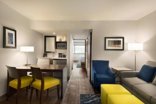 Hotels Vacation Rentals Near Indiana Convention Center