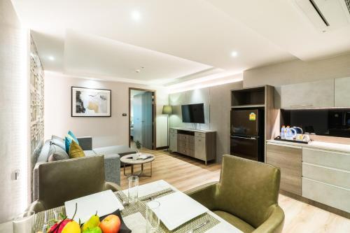 Citrus Suites Sukhumvit 6 by Compass Hospitality photo 58