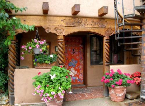 La Dona Luz Inn an Historic B&B
