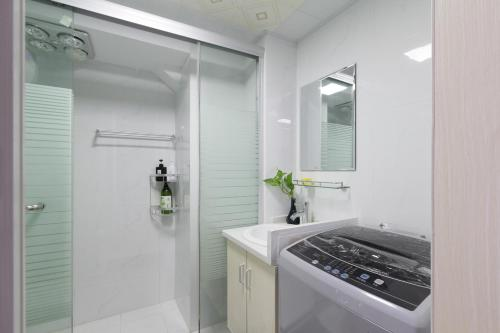 Little Happiness Boutique Apartment Hotel photo 96