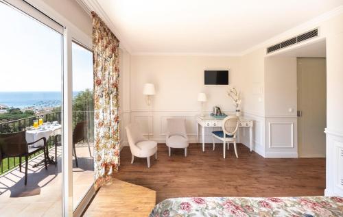 Premium Double Room with Sea View Hotel BlauMar Llafranch 2