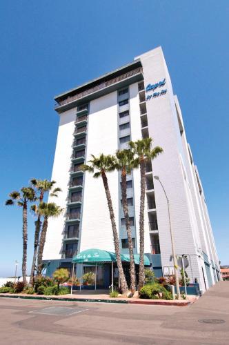 Capri by the Sea by All Seasons Resort Lodging - San Diego, CA CA 92109