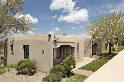 Fort Marcy Suites - Santa Fe, NM NM 87501