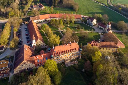 . Hotel Schloss Blumenthal