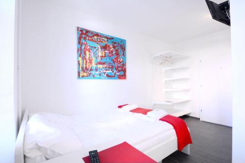 . HITrental Station Apartments