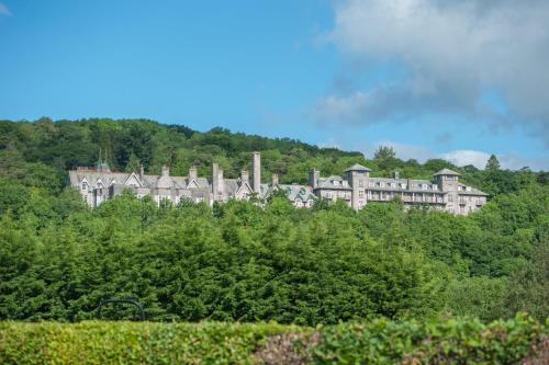 Cumbria Grand Hotel - Photo 8 of 78